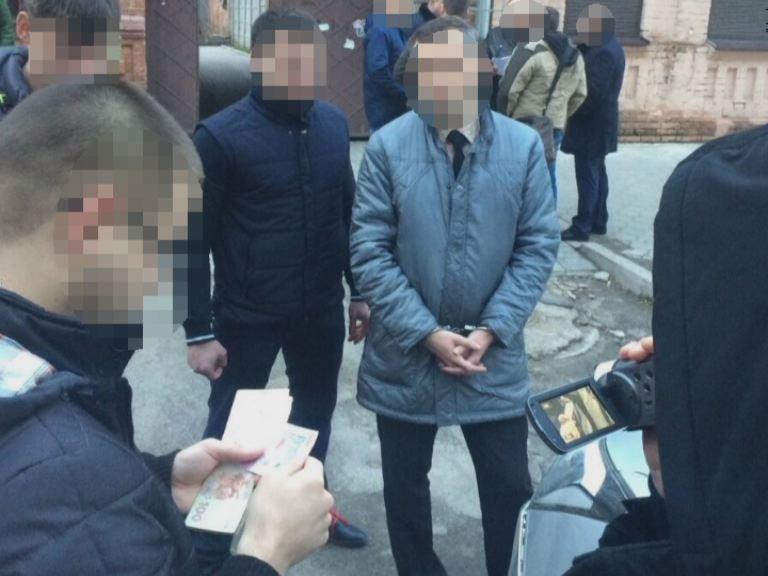 На Днепропетровщине СБУ задержала на взятке начальника отдела ГСЧС (ФОТО) (фото) - фото 1