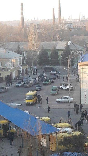 В Макеевке в маршрутке взорвали гранату (фото) (фото) - фото 3