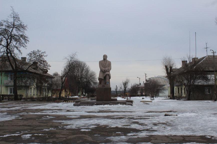 В Днепродзержинске демонтировали памятник Ленину на Соцгороде, фото-3