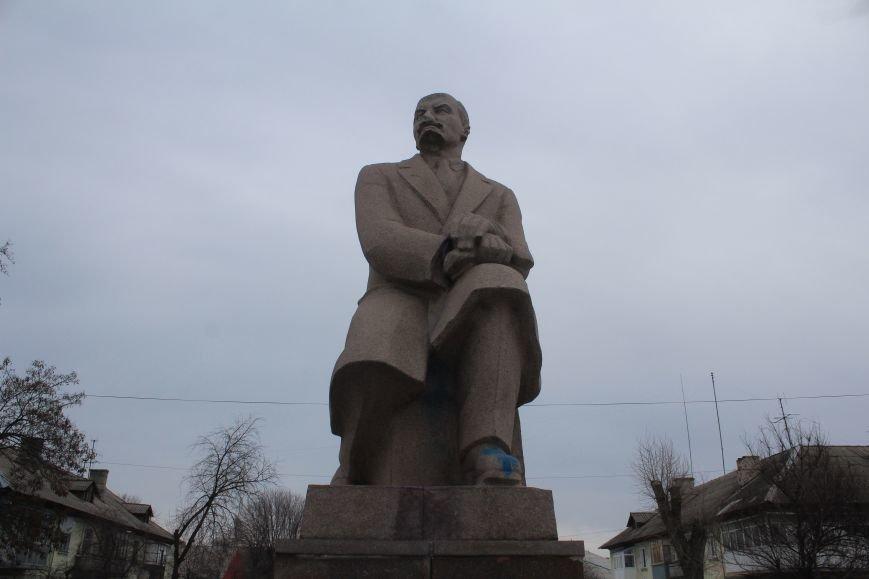 В Днепродзержинске демонтировали памятник Ленину на Соцгороде, фото-2