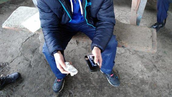 За сутки полиция Бахмута пресекла два случая оборота наркотиков (фото) - фото 2