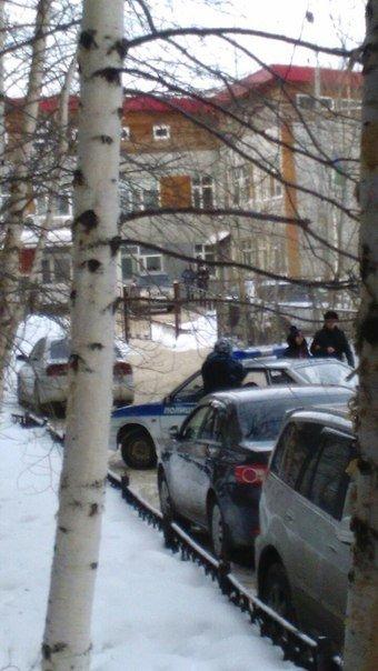 Полные автобусы полиции! Бойцы в бронежилетах! Перекрытые микрорайоны! – жители Нижневартовска переживают, что в городе что-то произошло (фото) - ф...