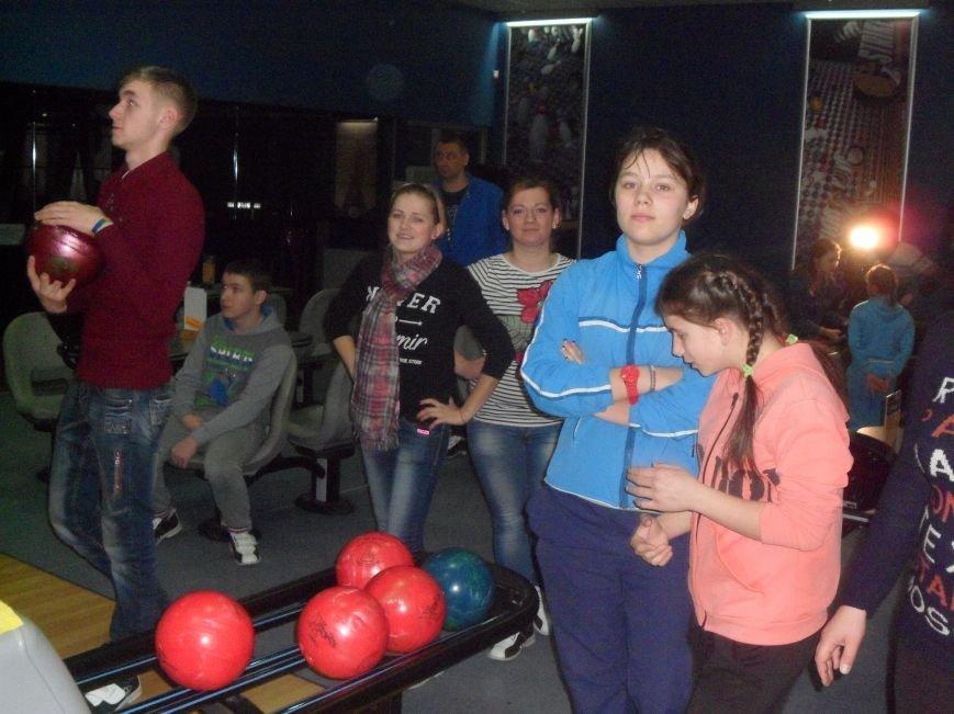 В Северодонецке дети с инвалидностью соревновались в боулинг (ФОТО), фото-2