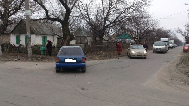 Утро в Красноармейске выдалось неспокойным: в центре города произошло ДТП (фото) - фото 1