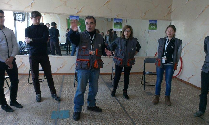 Чешский проект реализуется в учебных заведениях Доброполья (фото) - фото 1