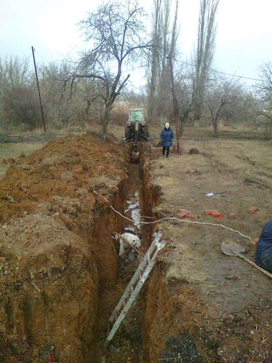 В городе Белицкое начаты работы по замене аварийных участков сбросного коллектора (фото) - фото 1