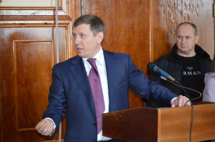 Внеочередная сессия Северодонецкого горсовета не обошлась без скандала (ФОТО), фото-1