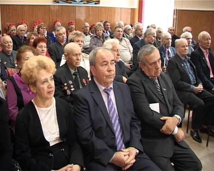 В городском Совете ветеранов Армавира отметили День защитника Отечества (фото) - фото 1