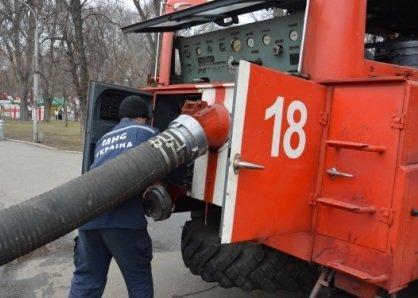 Спасатели откачивают воду в затопленном парке Глобы (ФОТО) (фото) - фото 2