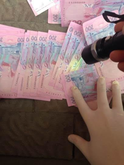 В Івано-Франківську СБУ затримала на хабарі судмедексперта. Фото, фото-2