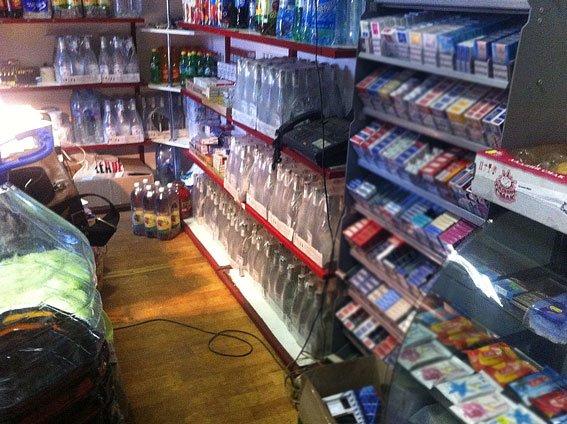 В Днепродзержинске и Днепропетровске изъяли фальшивой водки на полмиллиона гривен (фото) - фото 2