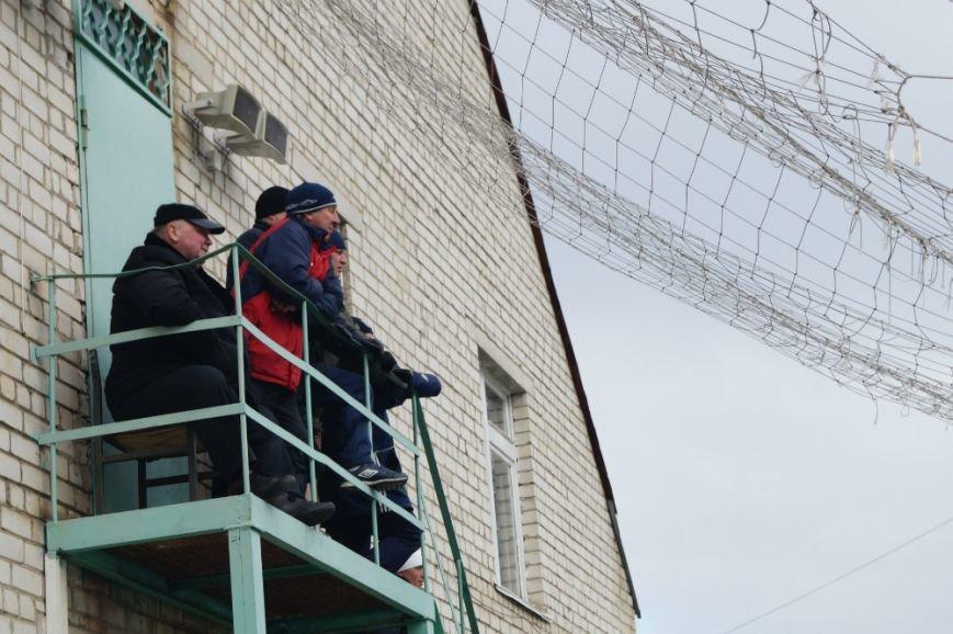 Белгородский «Энергомаш» уступил в домашнем матче «Локомотиву» из Лисок (фото) - фото 6