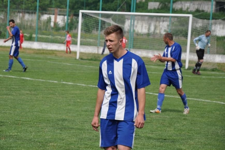 Зимовий футбол по-ужгородськи: федерація, болото і 250 гривень (фото) - фото 5