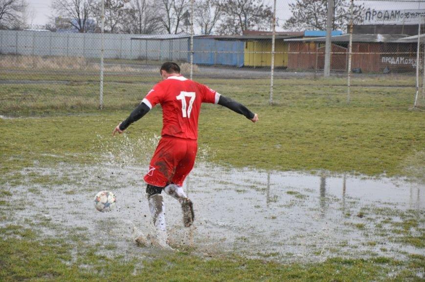 Зимовий футбол по-ужгородськи: федерація, болото і 250 гривень (фото) - фото 2