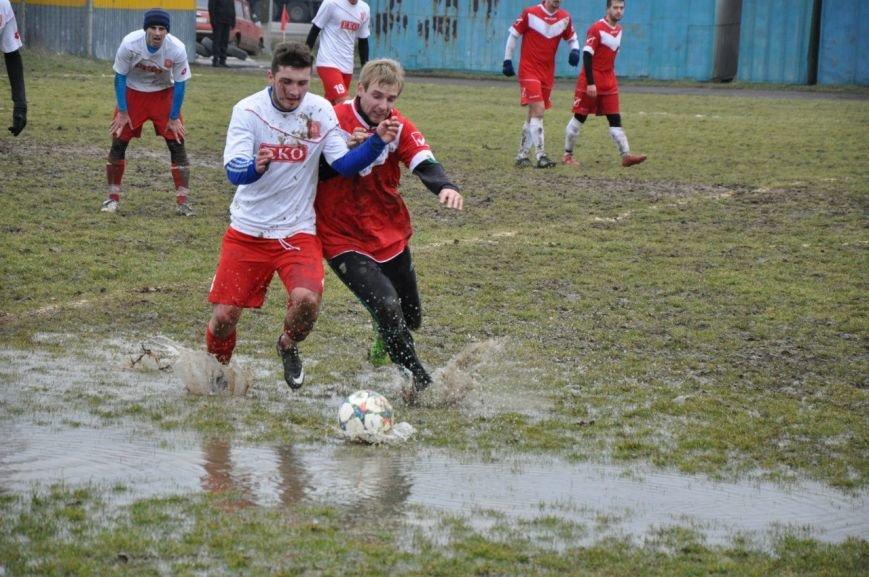 Зимовий футбол по-ужгородськи: федерація, болото і 250 гривень (фото) - фото 7