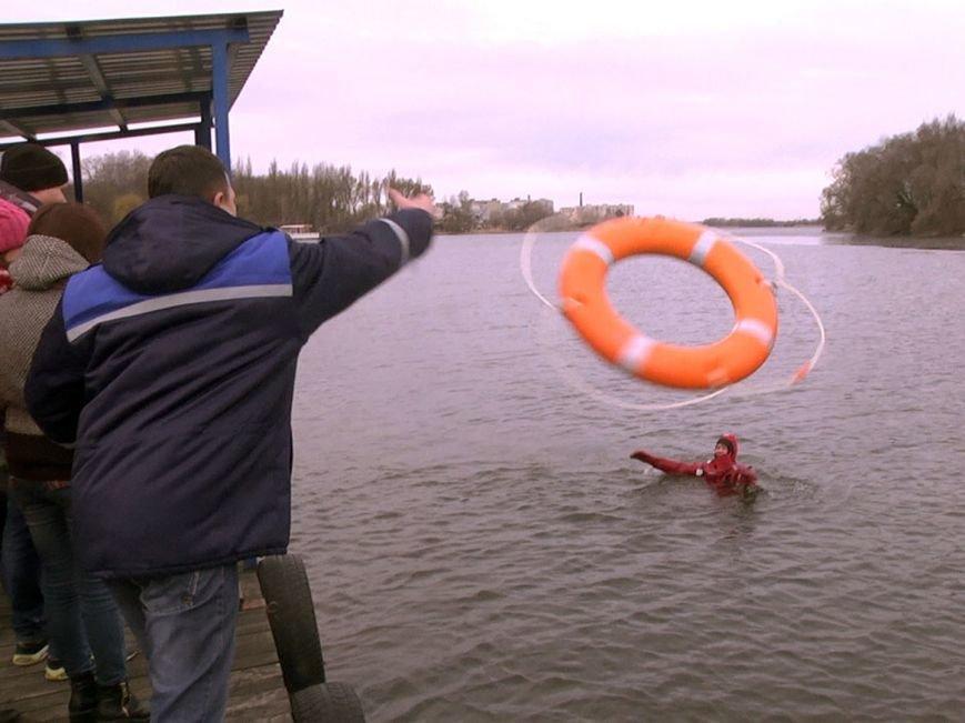 Вчора хмельницькі рятувальники тренувались в умовах льодоходу та паводку (Фото) (фото) - фото 2