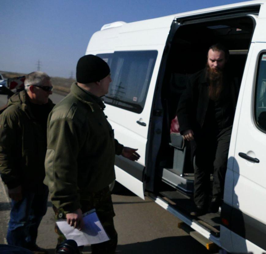 Из плена боевиков «ДНР» освободили трех украинских военных (ФОТО) (фото) - фото 4