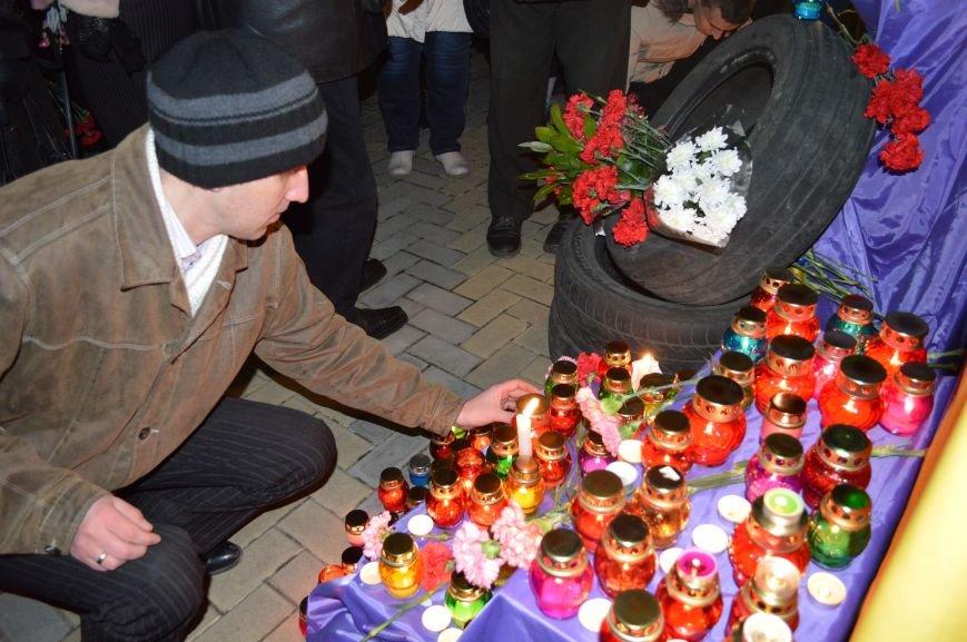 В Северодонецке состоялся митинг-реквием по случаю годовщины расстрела Небесной Сотни (ФОТО), фото-8