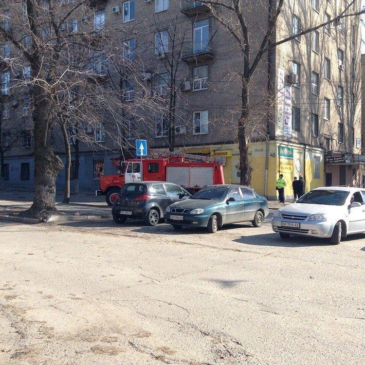 Неизвестные из Днепропетровска терроризируют Запорожье, фото-2