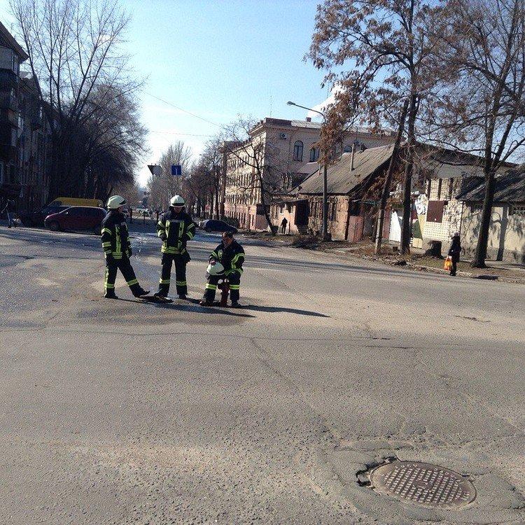Неизвестные из Днепропетровска терроризируют Запорожье, фото-1