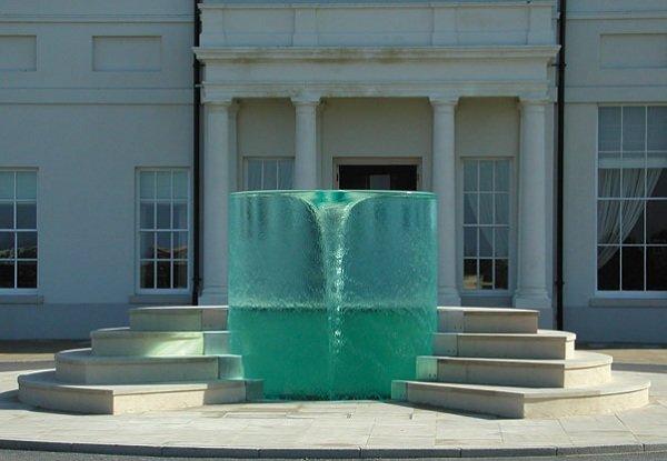 8 самых необычных фонтанов мира (фото) - фото 3