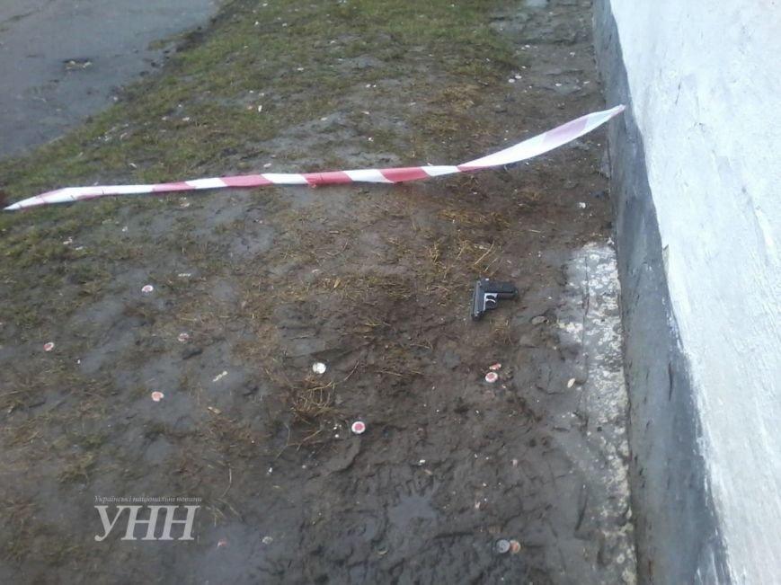 У Хмельницькому сутички закінчилися стріляниною і жертвами (Фото) (фото) - фото 1