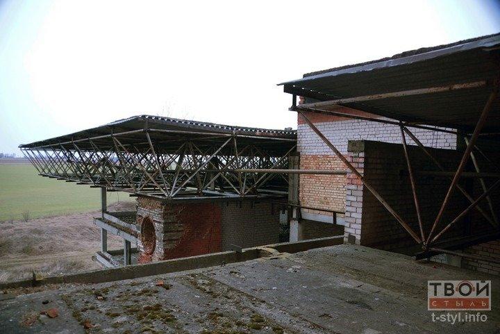 Здание аэровокзала в Обухово, которое не желают покупать даже за одну базовую: взгляд изнутри (фоторепортаж) (фото) - фото 9