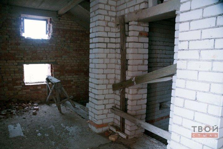 Здание аэровокзала в Обухово, которое не желают покупать даже за одну базовую: взгляд изнутри (фоторепортаж) (фото) - фото 6