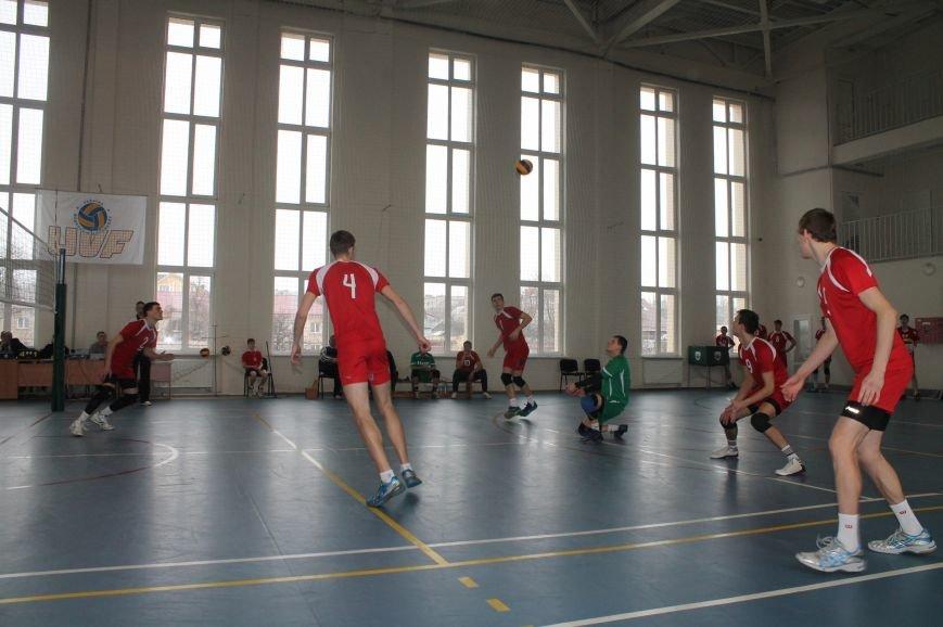 Волейбольная команда «Бахмут» вышла во второй этап Чемпионата Украины, фото-2