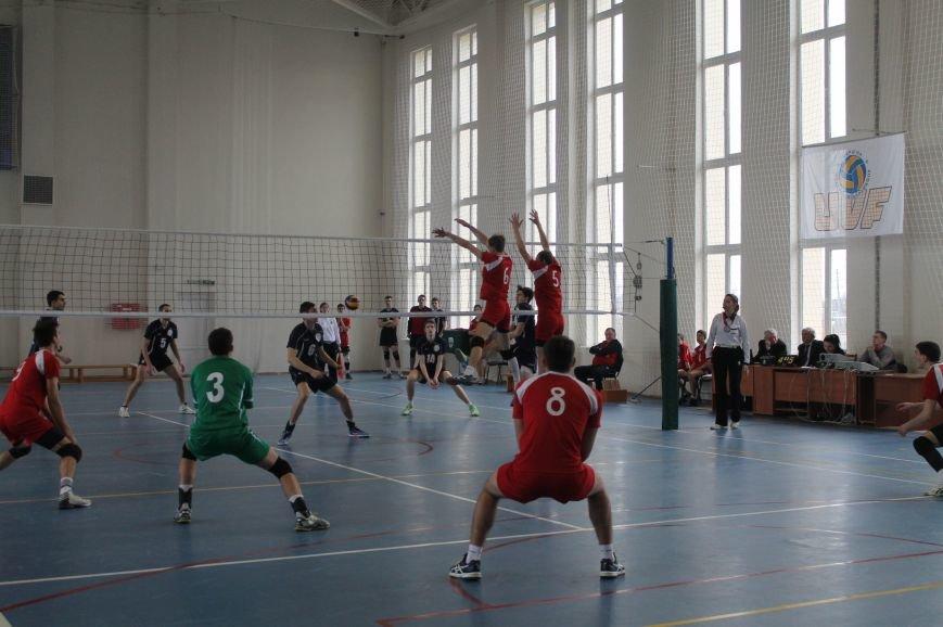 Волейбольная команда «Бахмут» вышла во второй этап Чемпионата Украины, фото-3