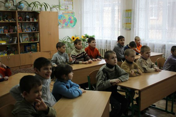 Славянские правоохранители посетили детей школы-интерната (фото) - фото 3