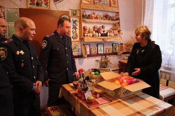 Славянские правоохранители посетили детей школы-интерната (фото) - фото 5