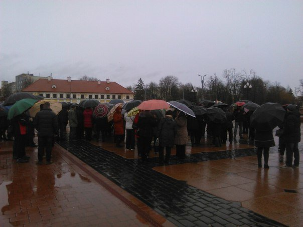 Фотофакт: в центре Гродно снова собираются предприниматели (фото) - фото 1
