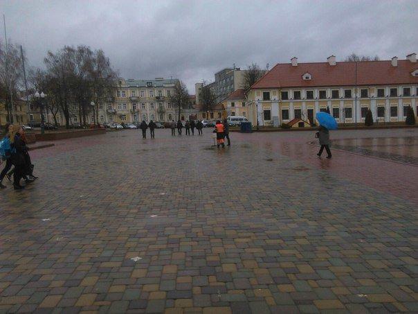Фотофакт: в центре Гродно снова собиралась предприниматели (обновлено) (фото) - фото 1