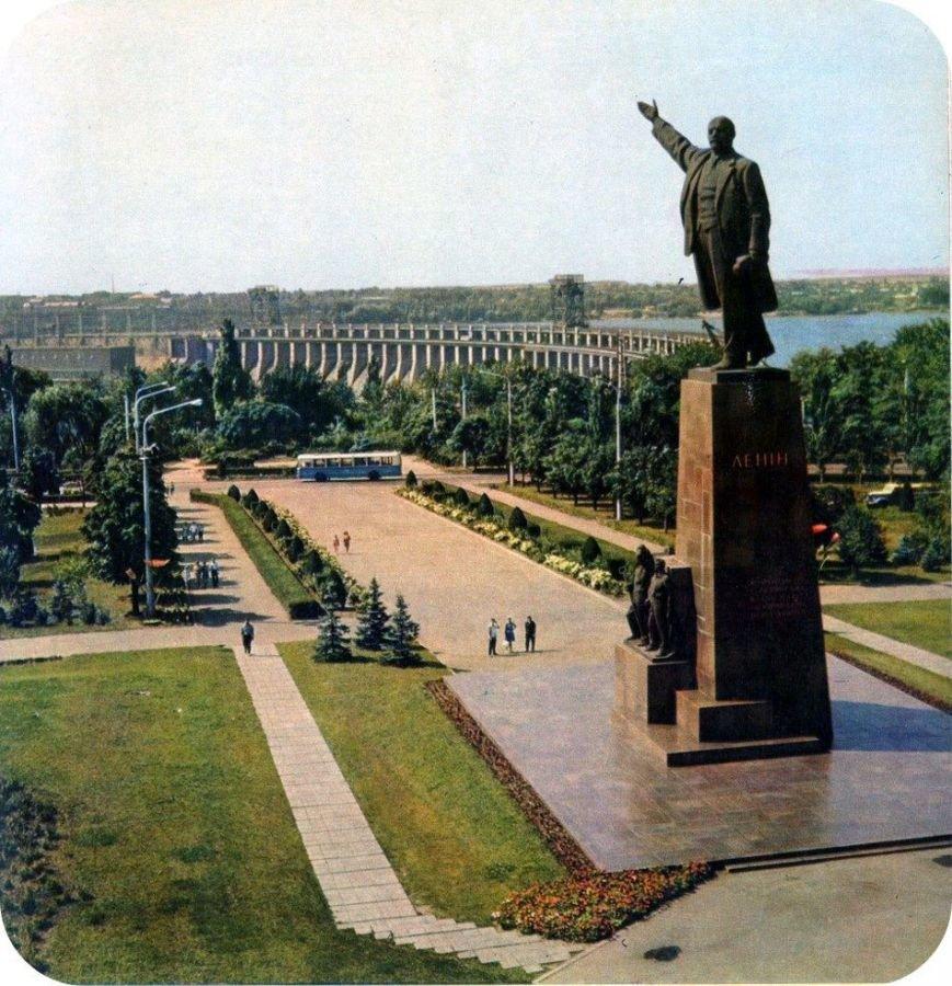Гуд бай, Ленин или История запорожских памятников, которые демонтируют (Ретро-ФОТО, ВИДЕО) (фото) - фото 7