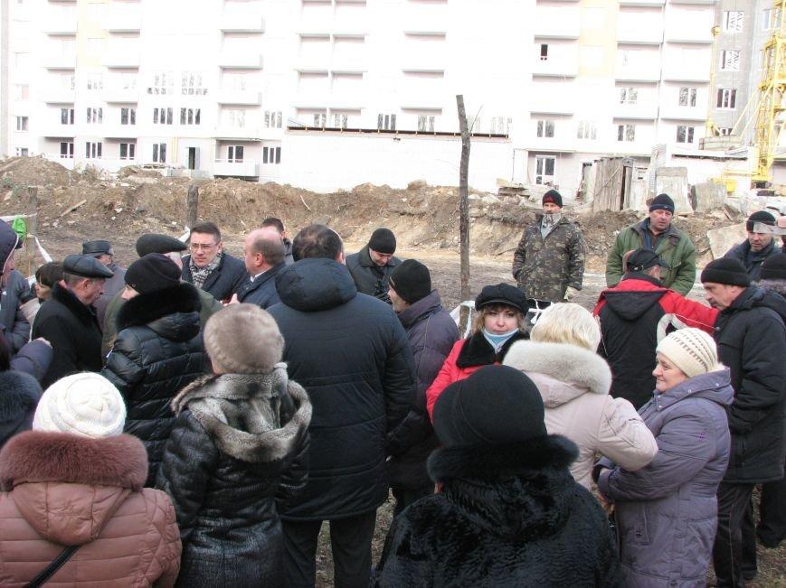 Стройку на Жабинского без согласия городской власти обещают не начинать, фото-1