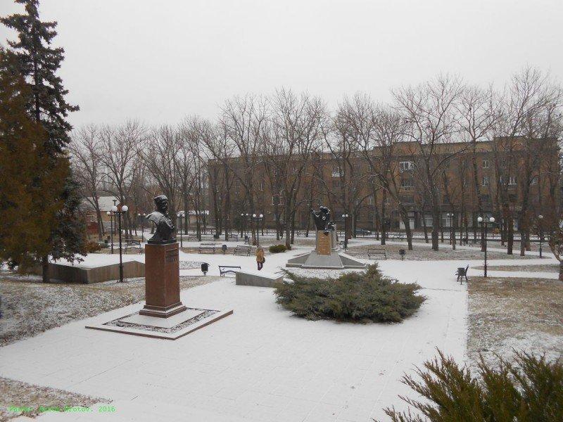 Оккупированный Луганск превращается в зону отчуждения (ФОТО), фото-1