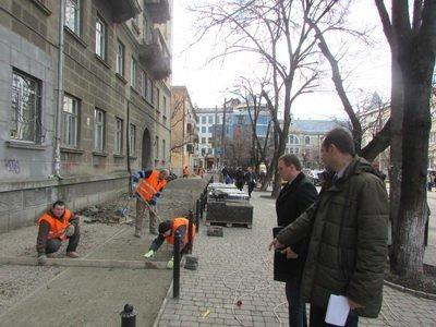 Руслан Марцінків перевірив ремонт тротуарів у місті (ФОТО), фото-2