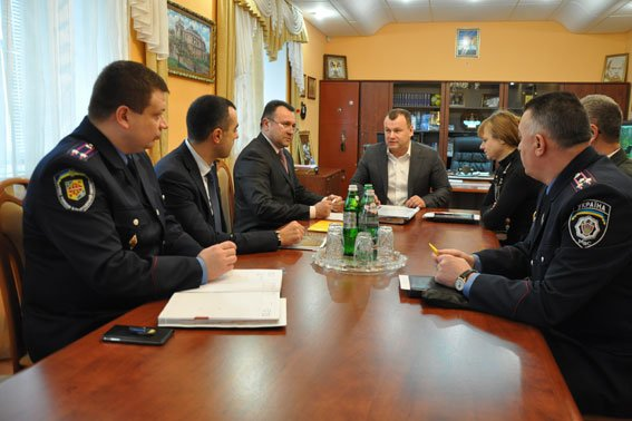 В Полтаве подписали меморандум о предотвращении нарушения прав задержанных (фото) - фото 1