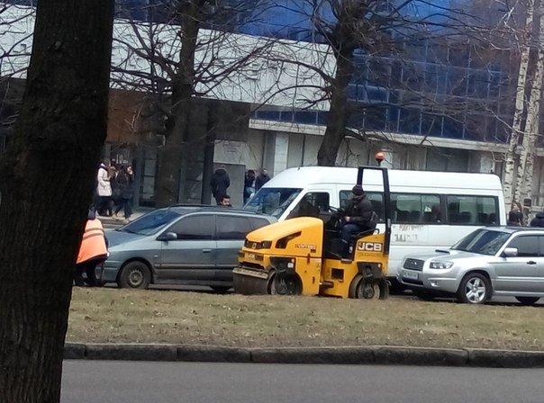 В Днепропетровске начали частичный ремонт дорог (ФОТО) (фото) - фото 1