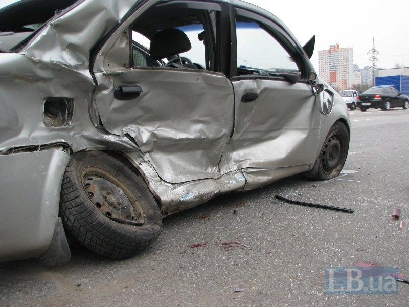В ДТП на Броварском проспекте травмировались пять человек (ФОТО) (фото) - фото 1