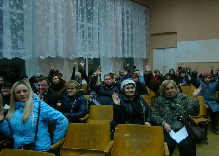 Еще один город Луганщины может погрузиться в беспросветную анархию (ФОТО и ВИДЕО) (фото) - фото 1