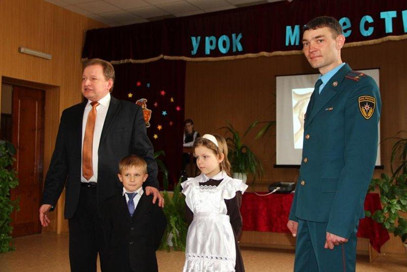В Белгородской области первоклассник спас провалившуюся в колодец девочку, фото-1
