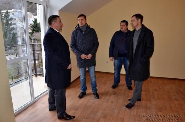 Для ялтинских детей-сирот приобрели две однокомнатные квартиры в Гаспре, фото-3