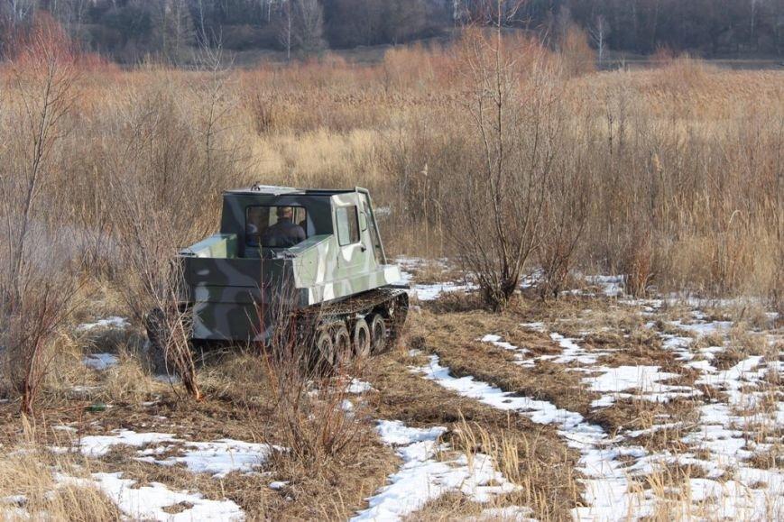 В черниговских лесах испытывают вездеход, фото-3