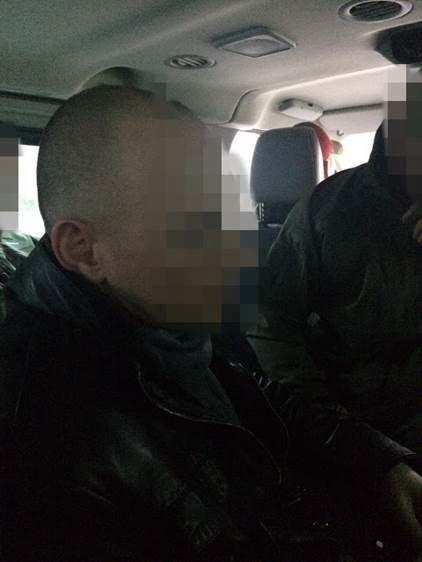 У кабінеті заступника прокурора Тернопільщини знайшли 50 тисяч доларів – СБУ (фото) (фото) - фото 1