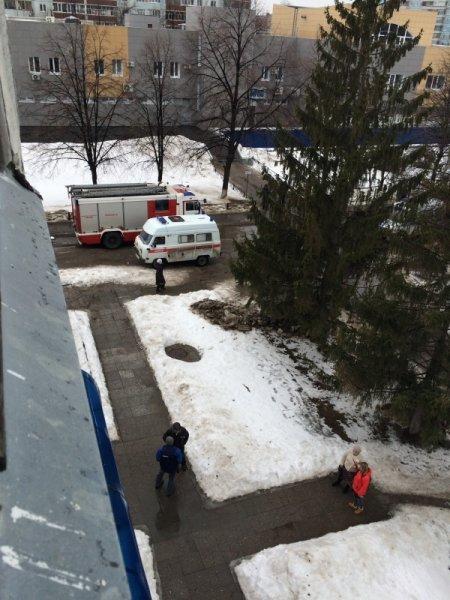 Во вчерашнем пожаре в Ульяновском РИЦ пострадала девушка, фото-1