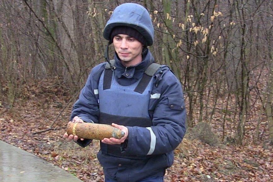 На Новоселиччині вчора двічі знайшли застарілі боєприпаси, фото-1
