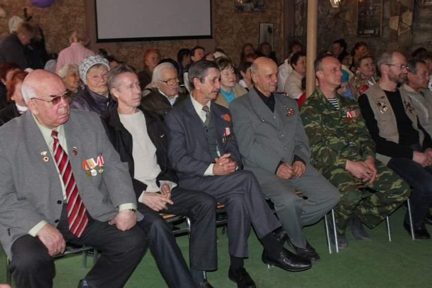 В Алупке провели концерт «Слава армии родной», фото-1