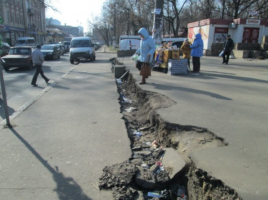 3545332a0f6504357582268fc01c937f В центре Одессы выросли настоящие баррикады